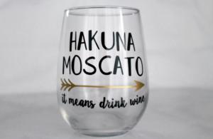 hakuna-moscato-sister-friend-mom-mothers-day-iam-tiffany-renee-the-maria-antoinette