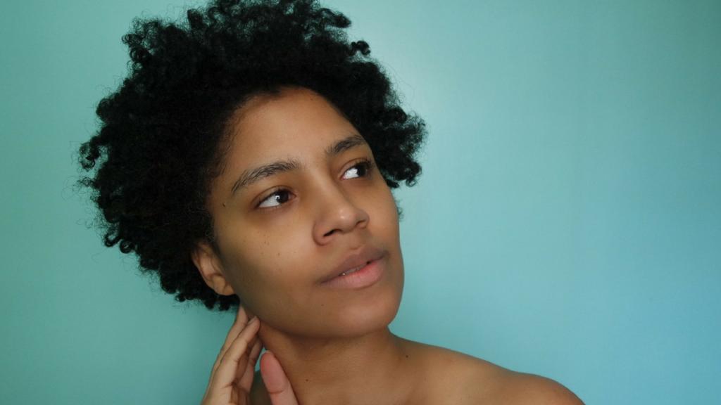 Moisture! Moisture! Moisture! – Fall Skin Care Routine