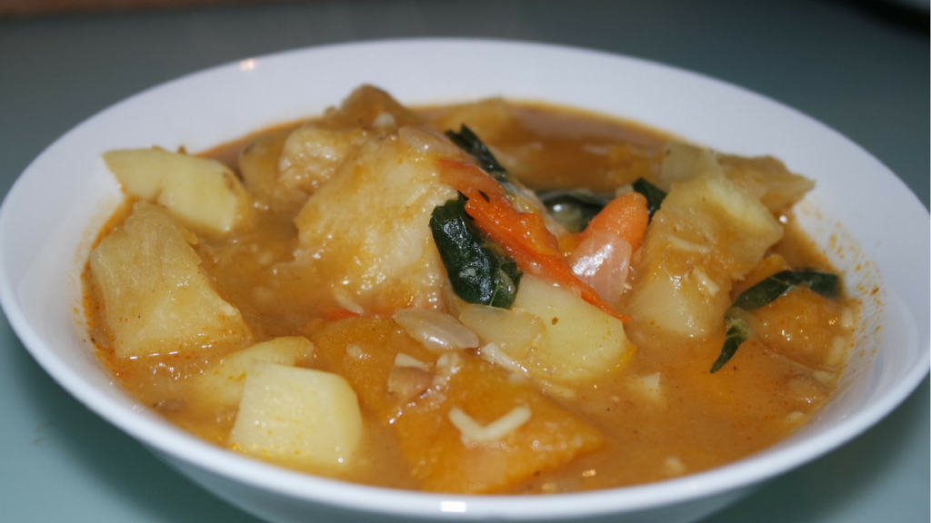 #MeatlessMonday – Pumpkin Flavored Veggie Soup