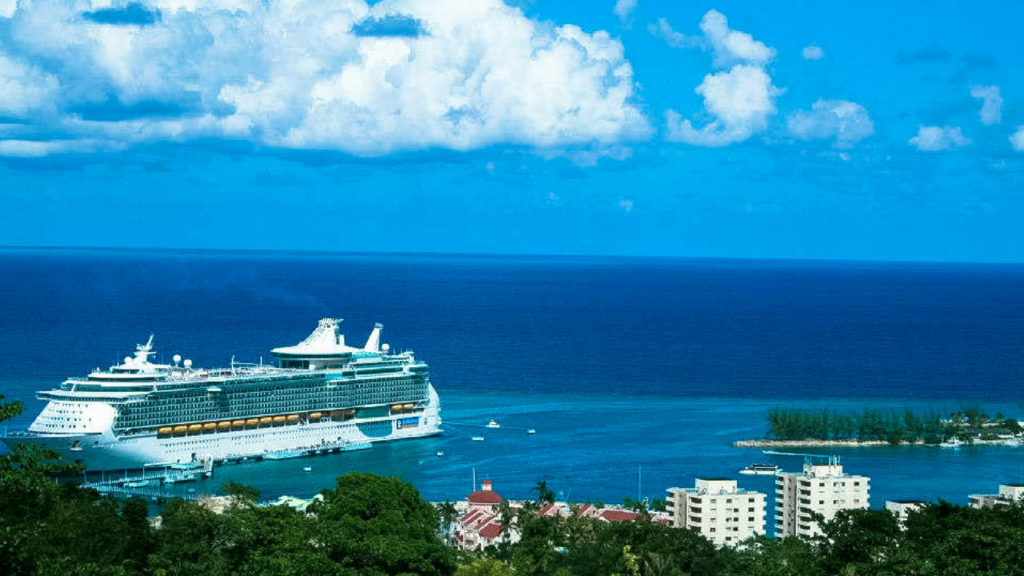 Baby Lets Cruise Tips On How To Cruise With Your Kids - Baby on cruise ship